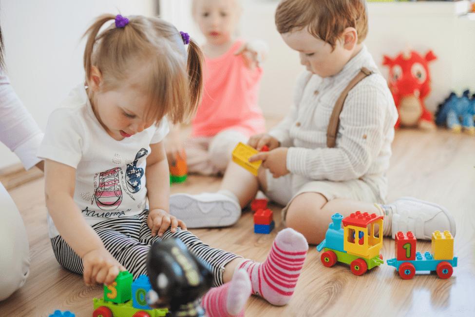 Развиваем речь (для детей с нарушениями слуха)