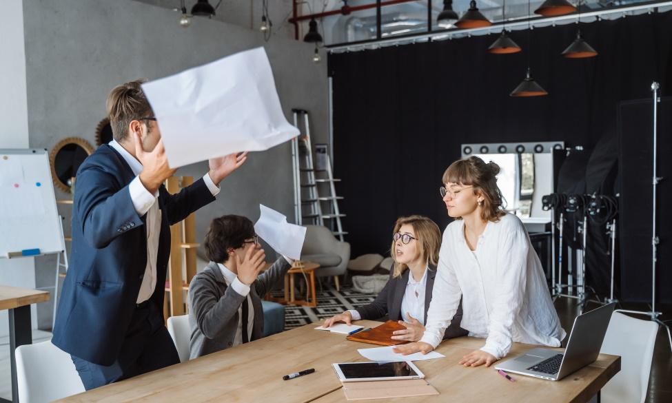 Эффективные коммуникации и техники саморегуляции в профессиональной среде