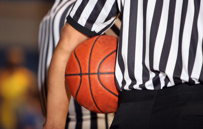 Судья по баскетболу